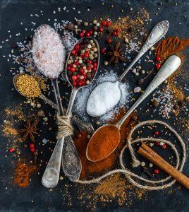 dieta bez soli - przyprawy