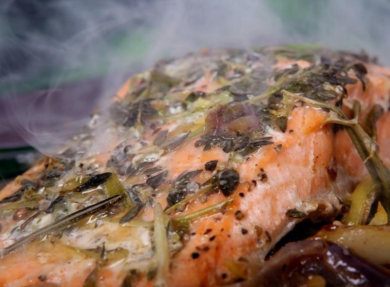 ryba gotowana na parze pyszna i zdrowa